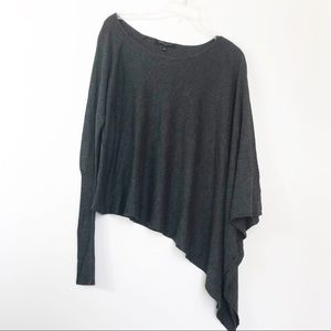 Romeo & Juliet Couture Grey One Sleeve Poncho L